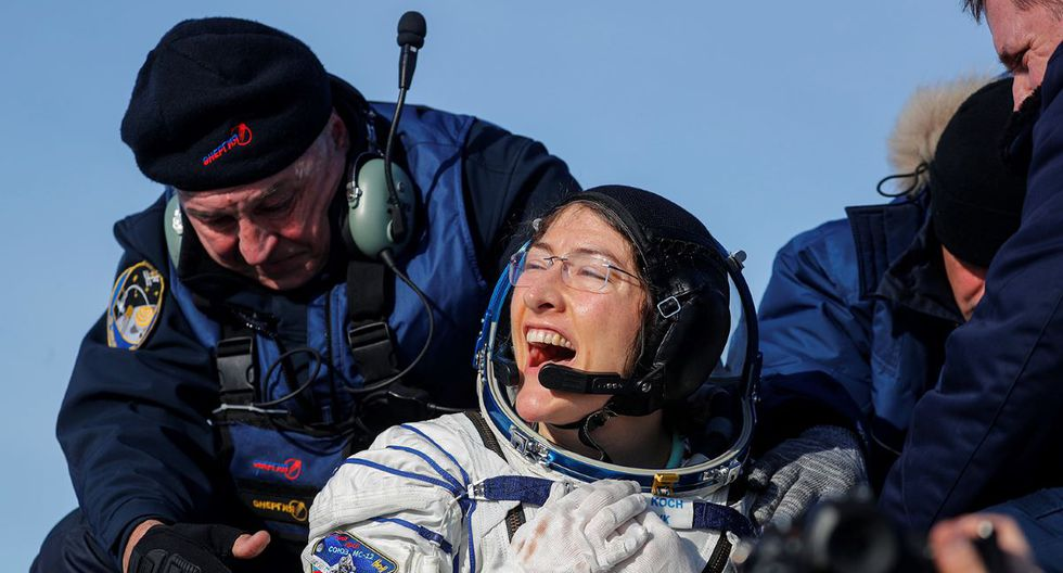 The longest female space flight ended