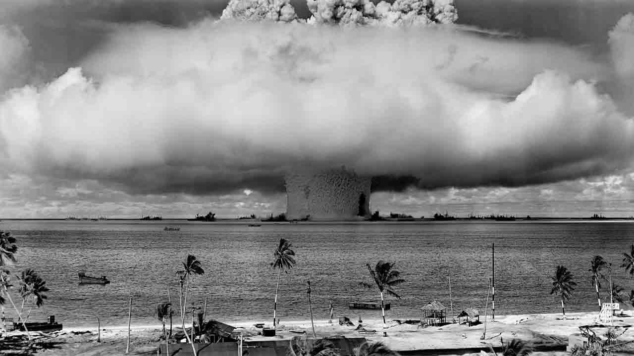 Atomic bomb mushroom