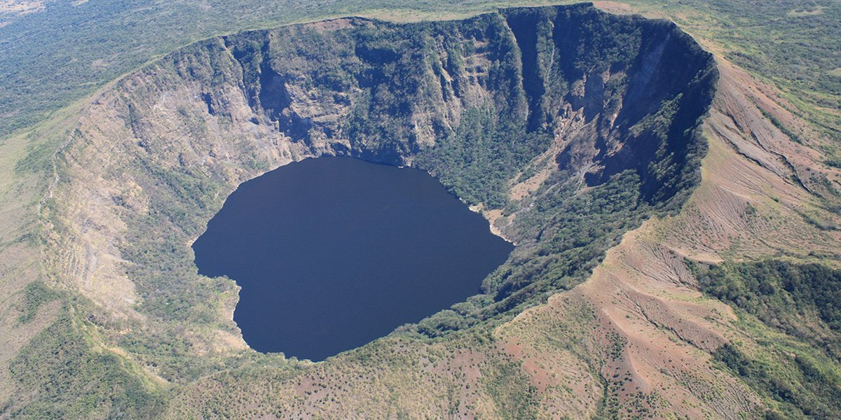 How fast does evolution happen? Only a few hundred years after investigations in crater lakes in Nicaragua.