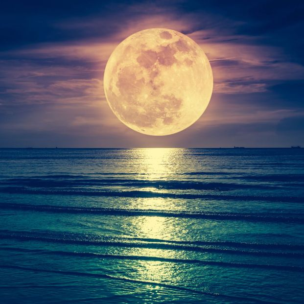 How does the moon contribute to global warming?  The answer lies in the tide.