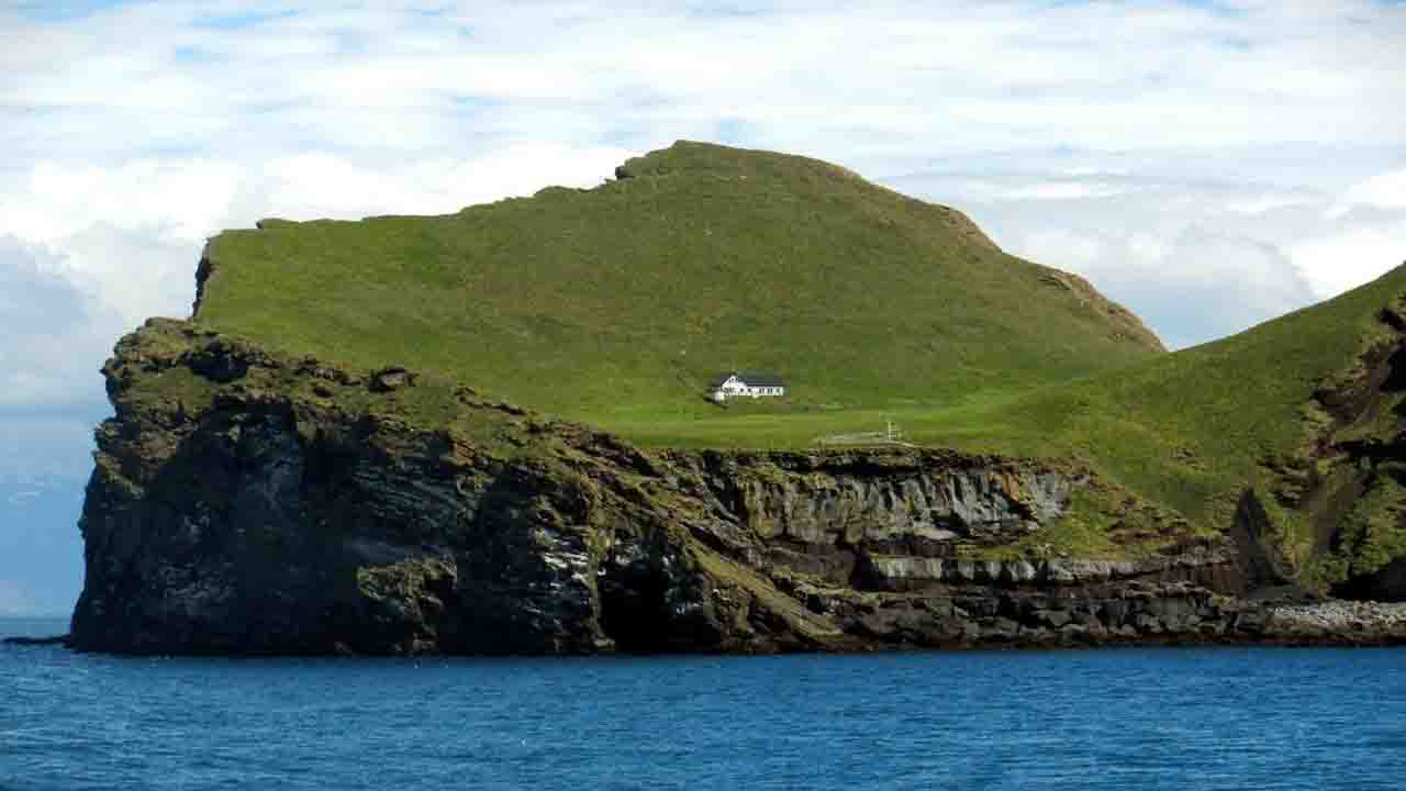 loneliest house in the world