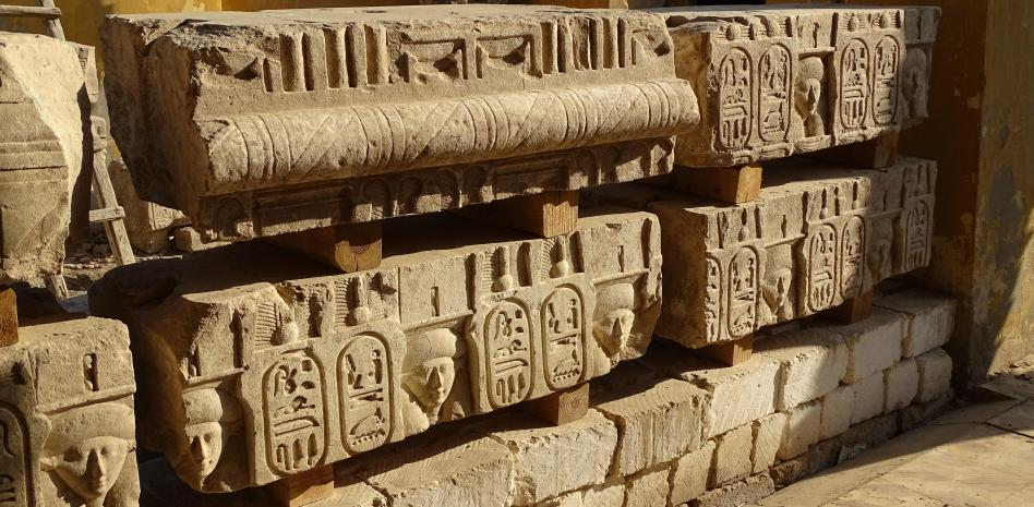 The hidden temple of Ptolemy I shows great pictures.