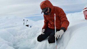 El hielo ártico adelgaza el doble de rápido de lo que se esperaba.