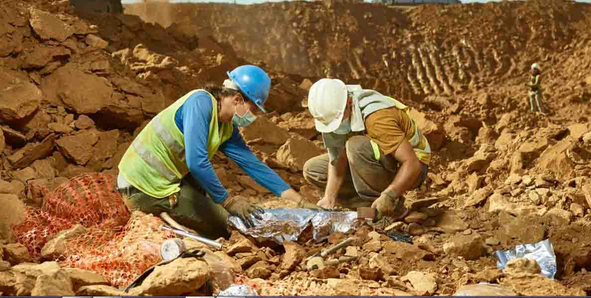 Archaeologists in the landfill of Catalonia