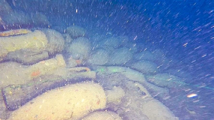 These are pictures of the shipwreck.