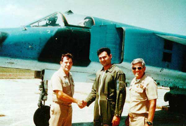 The pilot who twice outwitted the Cuban dictatorship, Orestes Lorenzo, was based in Florida where he landed.