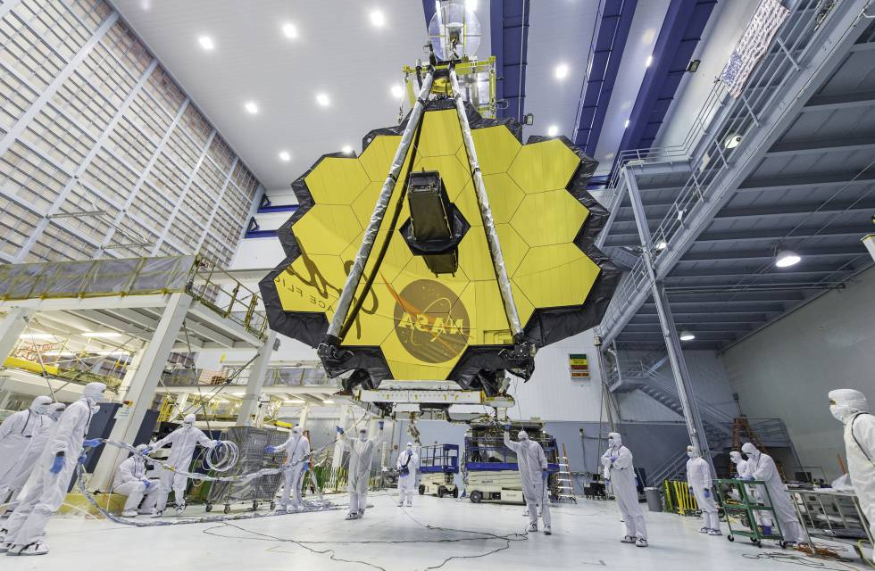 The world's most powerful space telescope, the James Webb.